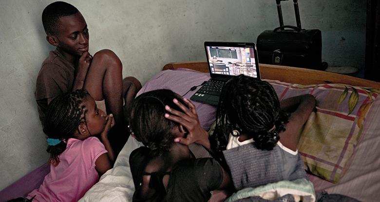 Nouvelle école : comment lutter contre la fracture numérique